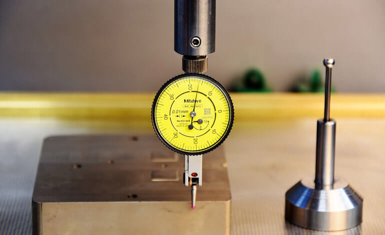 measuring with gauge